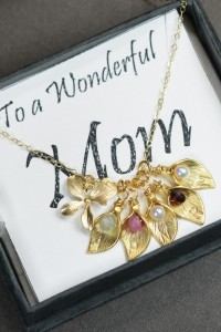 PERSONALIZED grandmother necklace.Calla Lily.Grandma Gift.Personalized Necklace.Nana Granny Grandmother Jewelry ,BIRTHSTONE necklace,INITIAL