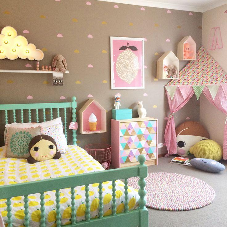 Идеи маленьких детских комнат для девочек